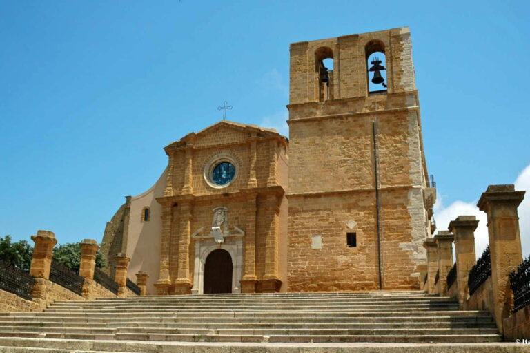 Facciata esterna della Cattedrale di San Gerlando